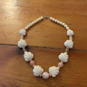 Vintage 90's Shell Necklace